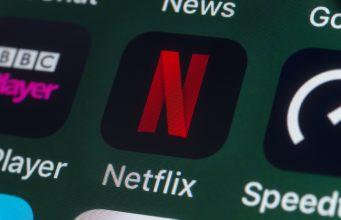 Netflix Vs Apple