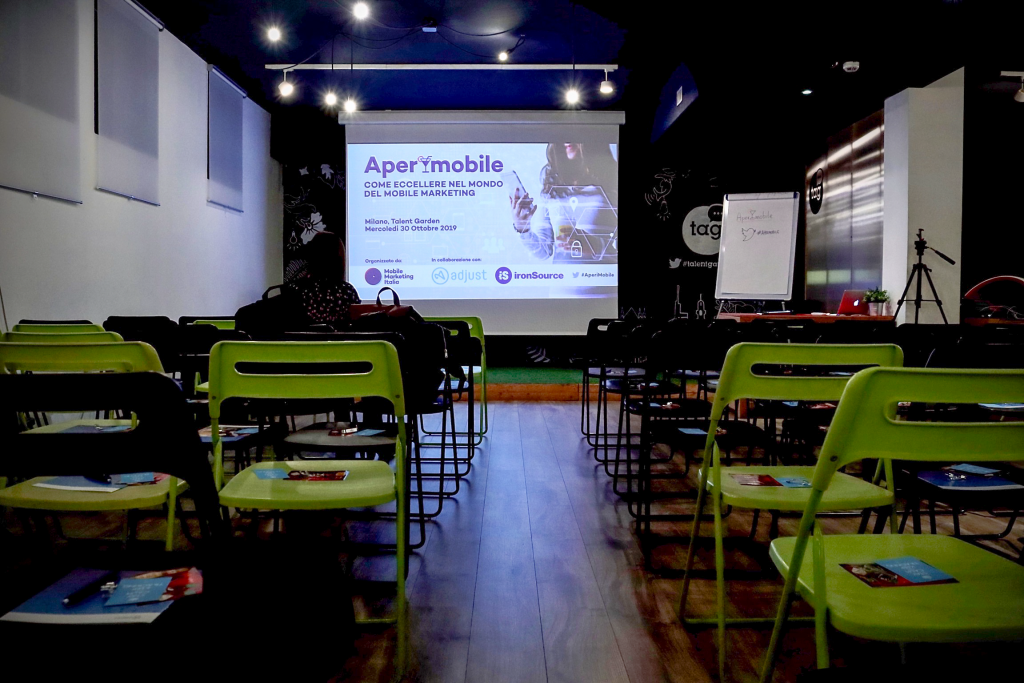 AperiMobile - Mobile Marketing Italia